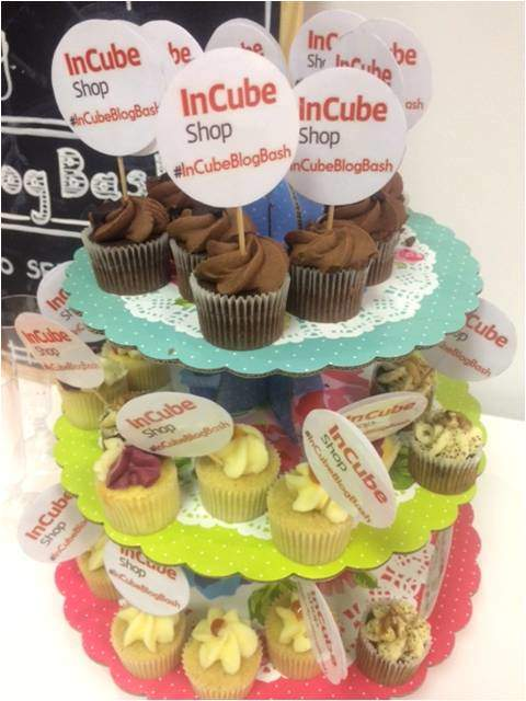 InCube Shop cupcakes