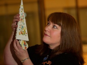Music awards designer hands over commemorative trophy to Paisley Museum